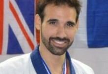 Γιώργος Κουμούλας<br> Trainer